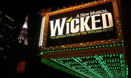 Wicked,_oriental_theater_in_chicago (1)use