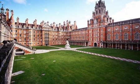 royal-holloway-founders-building-first-large_transFmZwAHfbzbyjsBBHX-5JhxNmQMFlhh5Vi0wobcrJe4w
